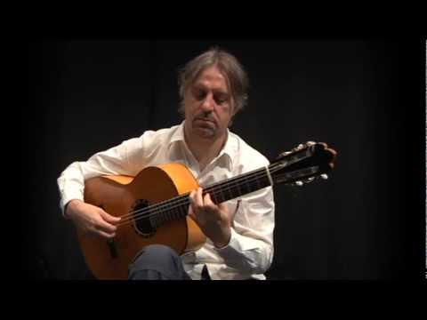 Livio Gianola: Studio n°1 - Classic and flamenco guitar lessons