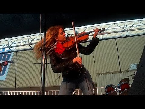 The Devil Went Down to Georgia by Michelle Lambert - Sacramento County Fair, CA (Live Video)