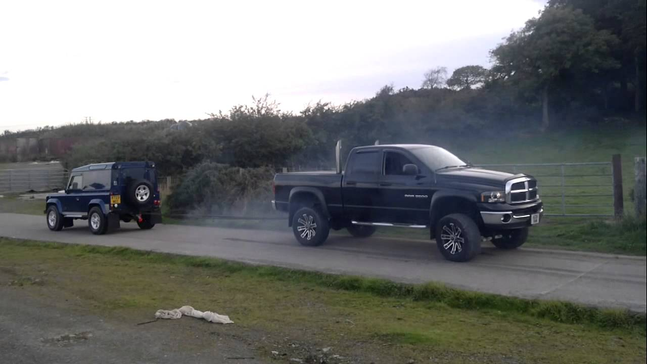 DODGE RAM MINS VS LANDROVER DEFFENDER 90 - YouTube