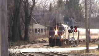 MBTA & Amtrak Trains in North Andover, MA