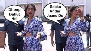 Sonam Kapoor Sweet Gesture Towards Media At Veere Di Wedding Promotion