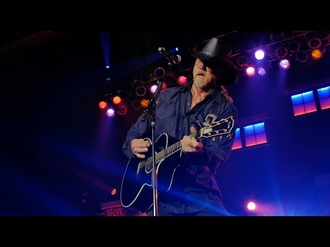 "Trace Adkins ""Jesus and Jones"" - Live @ The Paramount"