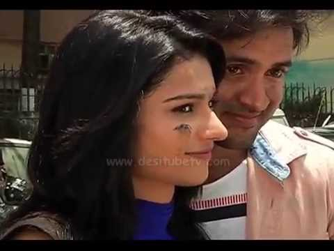 Nisha Aur Uske Cousins completes 200 episodes- Cake Cutting, Watch Video! from YouTube · Duration:  1 minutes 11 seconds
