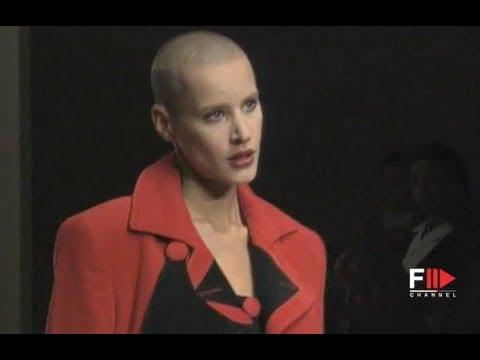 ENRICO COVERI Fall 1994/1995 Paris - Fashion Channel - 동영상