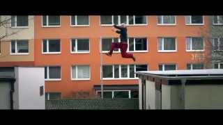 Best Parkour and Freerunning (Music: Feel Free by EGA)