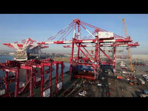 Crane Move at Pier F in the Port of Long Beach