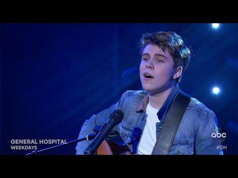 "Nurses Ball 2019: Cameron Performs ""North Star"""