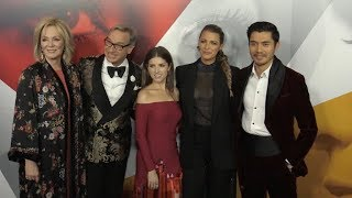 Baixar Cast of A Simple Favor at New York premiere
