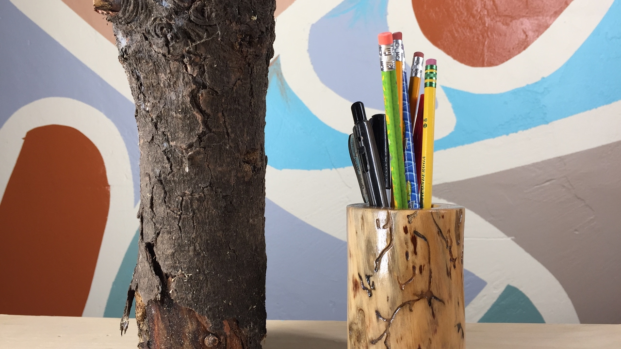 COMO HACER UN LAPICERO CON UN TRONCO DE MADERA/ HOW TO MAKE A PEN HOLDER WITH A  LOG