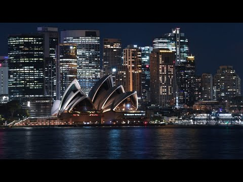 Australia fighting 'new war' in coronavirus battle