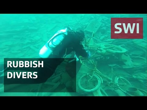 Divers clean up Lake Lucerne