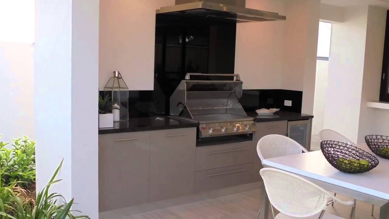 the alfresco kitchen by pyro designs the alfresco kitchen by pyro designs   youtube  rh   youtube com