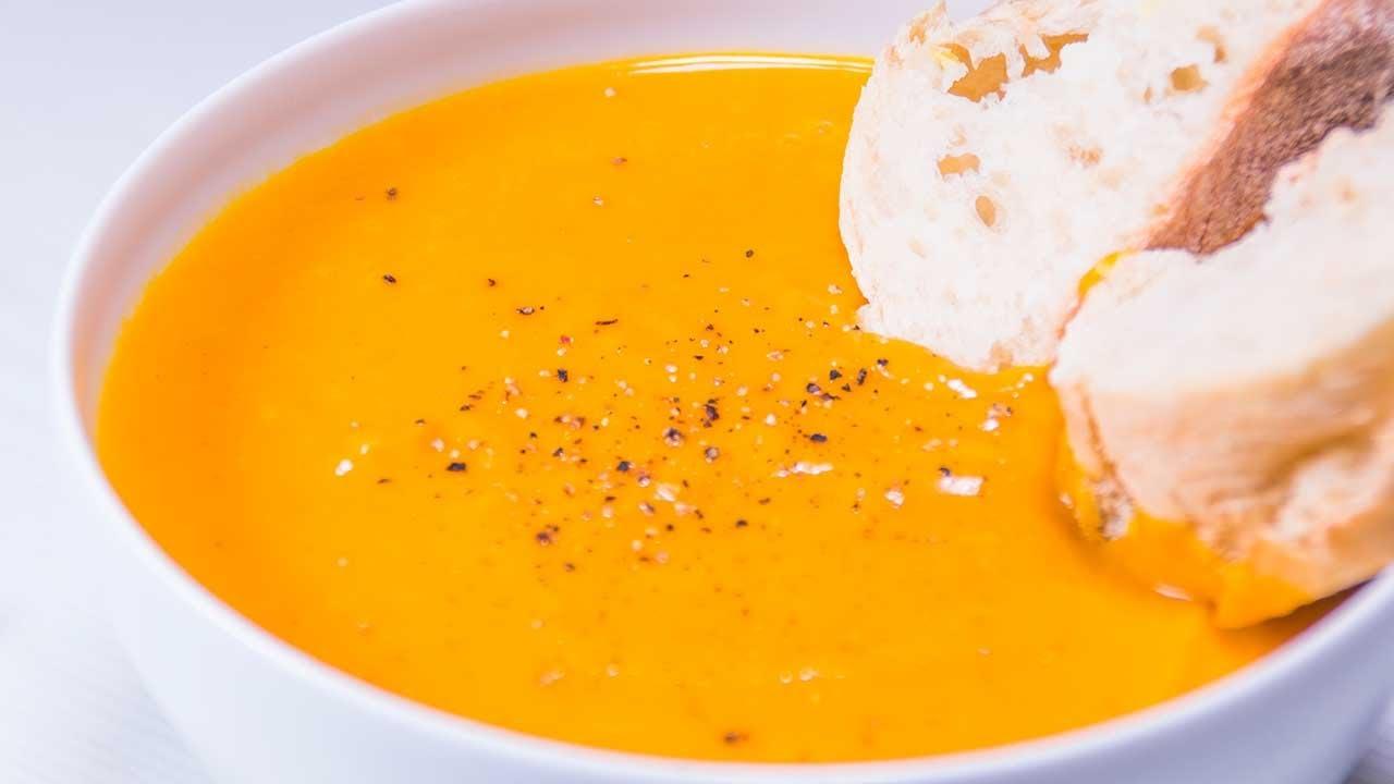 Einfachste Vegane Kürbissuppe der Welt 😋💚