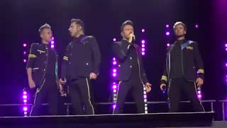 "Gambar cover Westlife ""Hello My Love"" 29.6.2019 The Twenty Tour Manchester Arena"