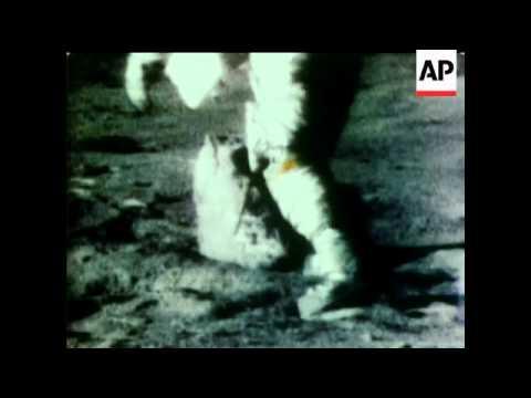 IN THE MOUNTAINS OF THE MOON - APOLLO 15 - ASTRONAUTS: JIM IRWIN, DAVID SCOTT AND AL WORDEN.  COMMAN