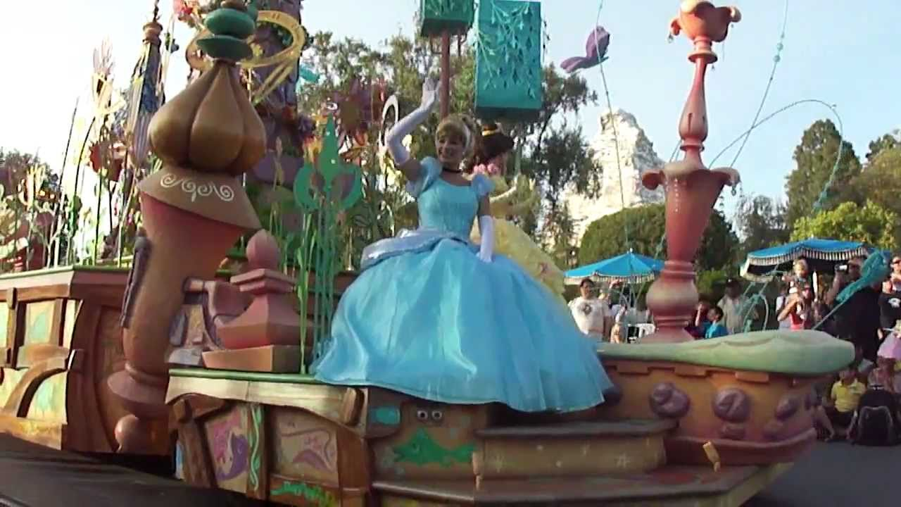 Mickey's Soundsational Parade part 5 (Princesses) - YouTube