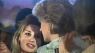 Princess Diana visits Hospital in Pakistan (2)