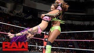 vuclip Bayley vs. Sasha Banks vs. Alicia Fox - Triple Threat Match to be Team Captain: Raw, Oct. 23, 2017
