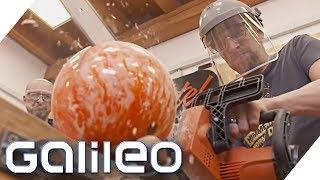 So sieht eine Bowlingkugel von innen aus | Galileo | ProSieben