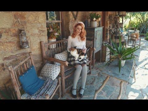 Sigma 135mm f1 8 & Sony a7iii Autumn leaves with Rebecca - David Oastler