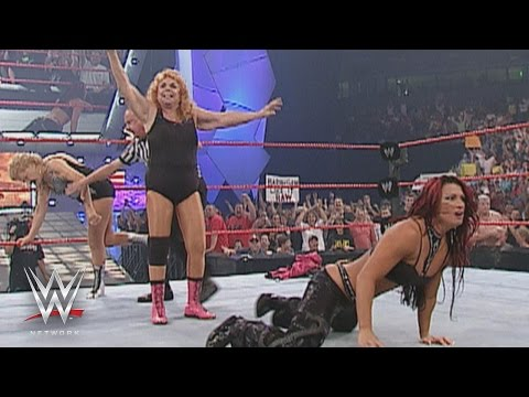 The Fabulous Moolah celebrates her 80th birthday on Raw: This Week in WWE History, Sept. 17, 2015