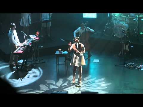 RAISA HANDMADE SHOWCASE - Usai Di Sini