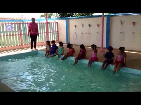 เรียนว่ายน้ำ อนุบาล 2-3