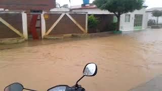 Chuva provoca inundação em Presidente Dutra (BA)