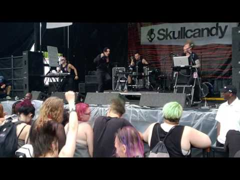 William Control - Beautiful Loser (Vans Warped Tour 2017, ATL) mp3