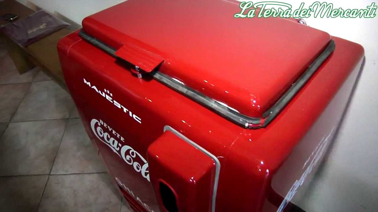 Coca Cola: frigoriferi anni 40 e anni 50 - YouTube