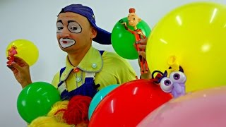 funny clown videos for kids andrew the clown blows up balloons