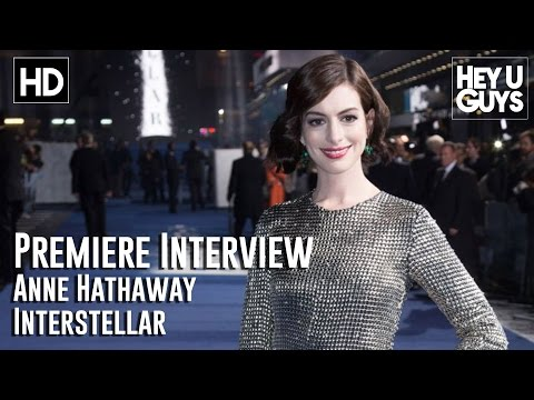 Anne Hathaway Interview - Interstellar Premiere