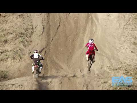 Fordville: Bar banging Verticross action!!