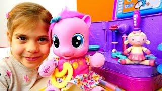 Видео для девочек - Играем с Пинки Пай. Литл Пони