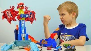 Хот Вилс Машинки Атака Дракона и Даник. Видео для детей про Машинки. Hot Wheels Dragon Blast