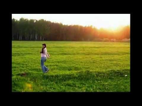 Гляжу в озера синие (Россия моя любимая - Грустить с тобой, земля моя, и праздновать с тобой) - Валентина Толкунова - слушать онлайн