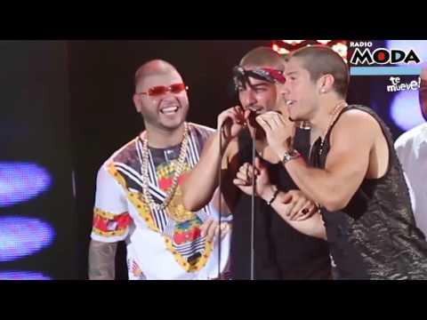 ¡Maluma troleó a Chino y Nacho en los Heat Latin Music Awards!