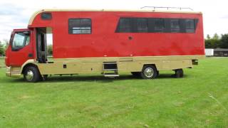 Oakley Supreme Horsebox