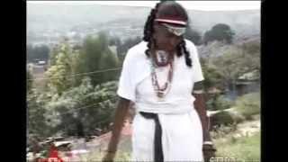 Repeat youtube video Galmee Seenaa Irraa: Addee Almaaz Tafarraa  090203