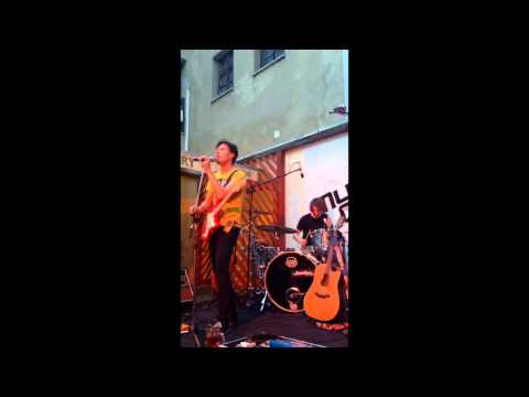 Peter Aristone - Highlands (live from Bratislava, Music Gallery) 11th of June 2014