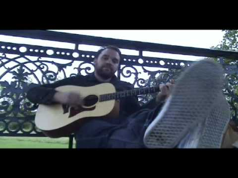 frightened-rabbit-backwards-walk-bandstand-busking-acoustic-session-bandstand-busking
