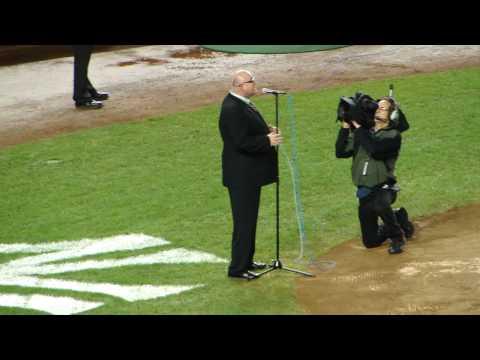Ronan Tynan God Bless America Yankee Stadium 9-11-09 Live HD