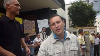 Empleado de Alcaldía de Valera protesta