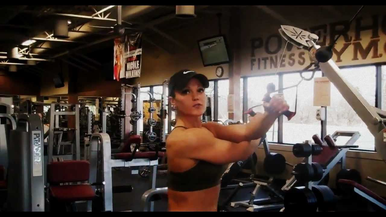 Rear Deltoid Cable Fly - YouTube