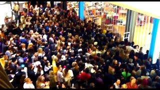 Black Friday 2020 Madฑess - Funny and total chaos clips
