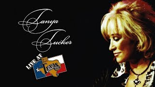 Tanya Tucker - Two Sparrows In A Hurricane [OFFICIAL LIVE VIDEO] 2017 Video