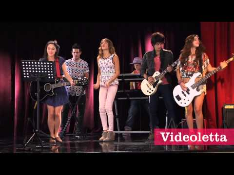 "Violetta 2 English Violetta sing ""Something lights up again"" Ep.48"