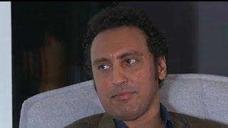 Comedian Aasif Mandvi defends new Trevor Noah