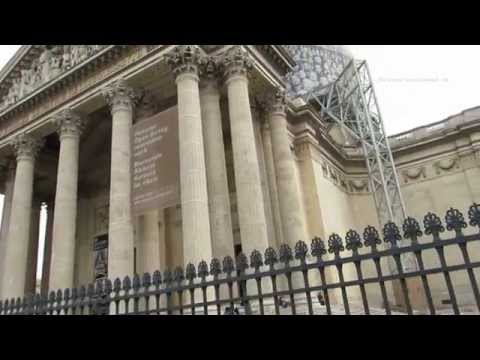 Walk through the Pantheon square and the Saint Michel in the Latin Quarter of Paris
