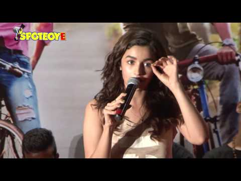 Alia Bhatt Celebrates Children's Day with Slum Kids | SpotboyE